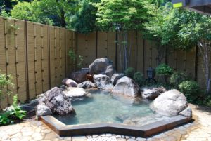 柴石温泉(しばせきおんせん)
